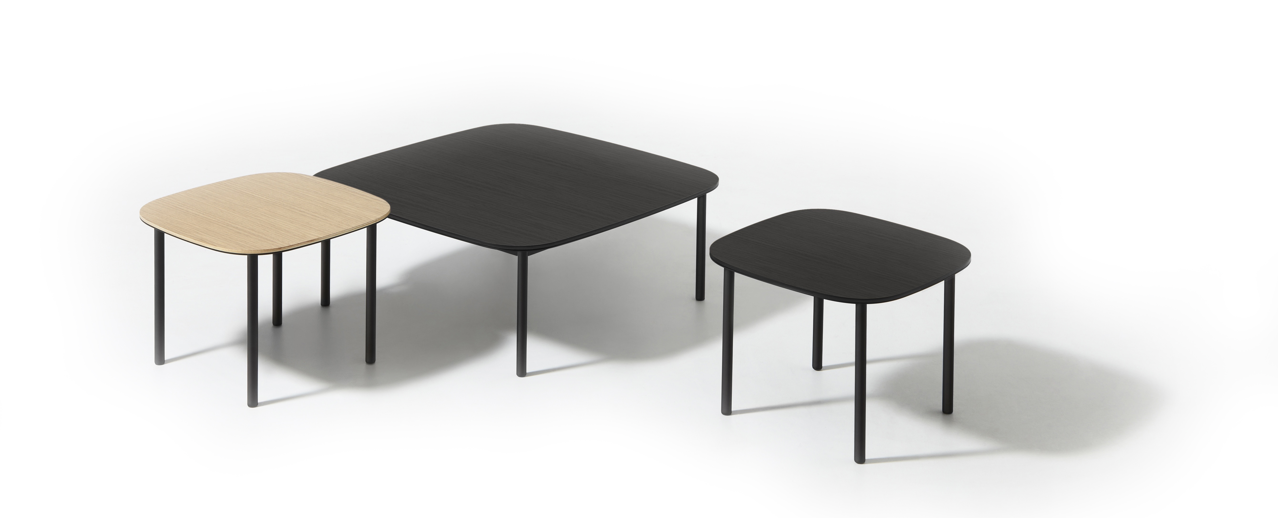 Elevation tables: practical and robust design in dining, coffee and side table sizes. Photo: © David Moreland Design
